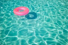 pool w ring